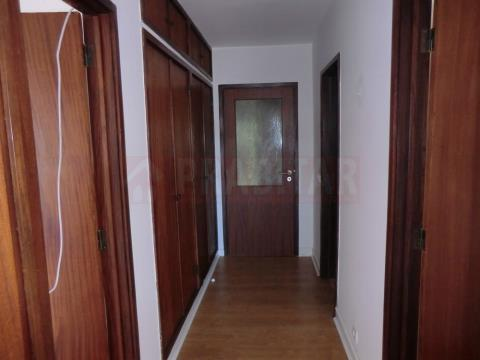 Appartement 4 Chambre(s)+1