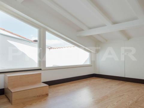 Apartamento T1+1 com terraço na Baixa de Coimbra