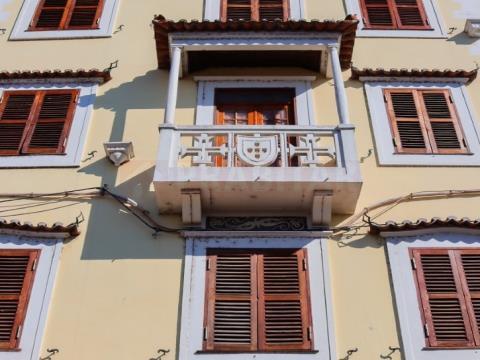 Prédio junto à Universidade de Coimbra