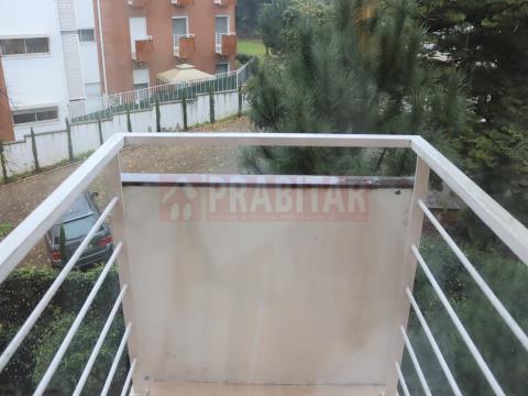 APARTAMENTO T4 COM GARAGEM EM CELAS