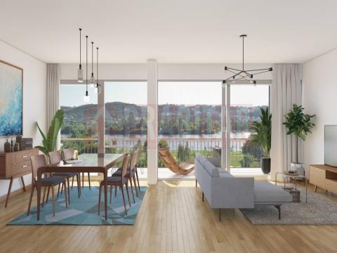 Apartamento T3  com excelentes vistas sobre o Parque Verde e o Rio Mondego