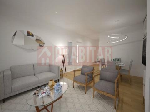 Apartamento T2 com Arrumo e Aparcamento na Pampilhosa