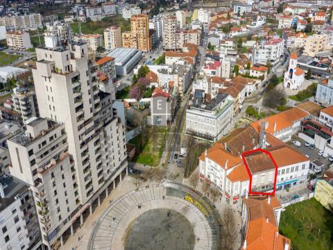 Prédio para venda no centro de São João da Madeira
