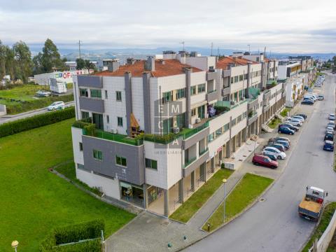 Apartamento T3 na urbanização da Godinha