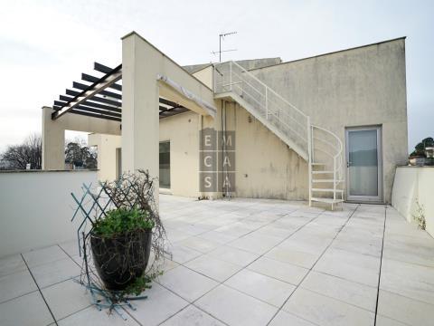 T3 Último piso com terraço