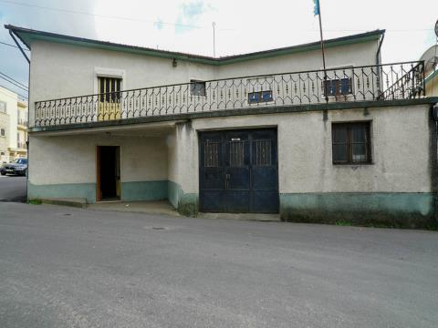 Moradia mais terreno para venda em Nogueira da Regedoura