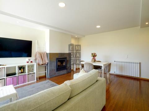 Apartamento T3 Duplex para venda em S. J. Ver, junto ao Suil Park.
