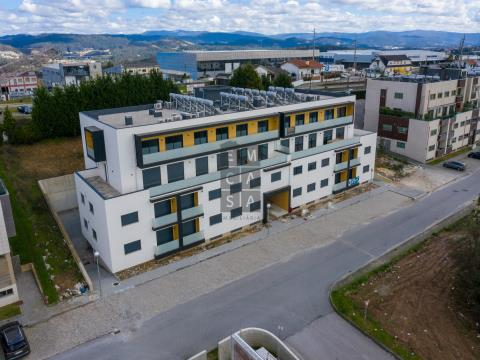 Apartamentos T3 na Urbanização da Godinha