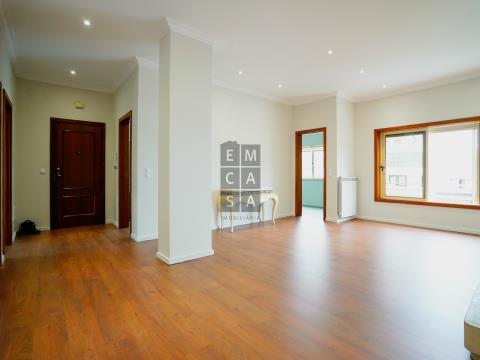 Apartamento T3 no centro de Santa Maria da Feira!