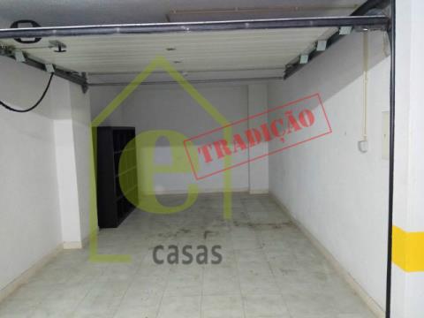 T3 na Urbanização de Santo André, em Santo António dos Cavaleiros
