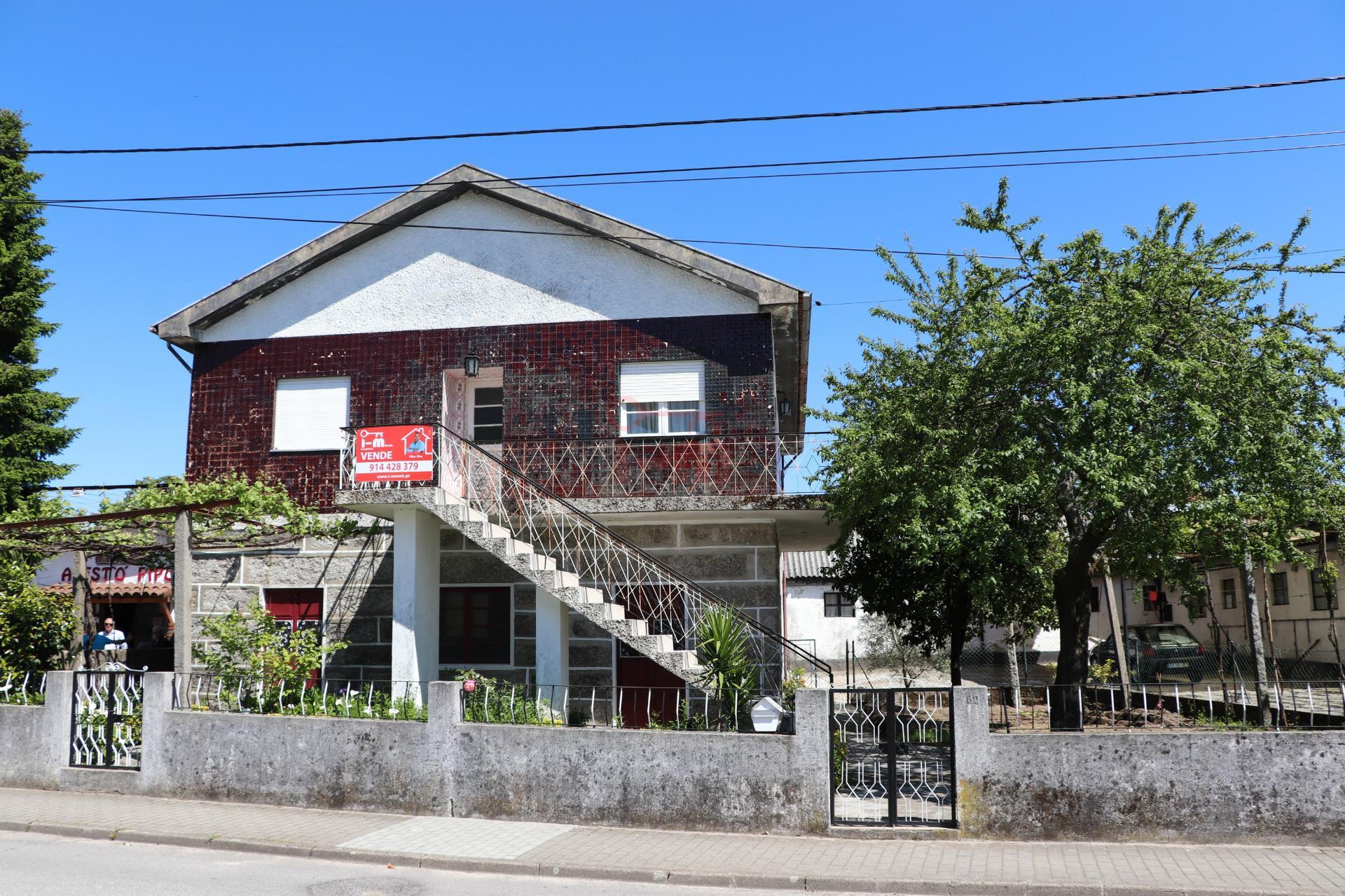 Detached house 3+4 B.A.