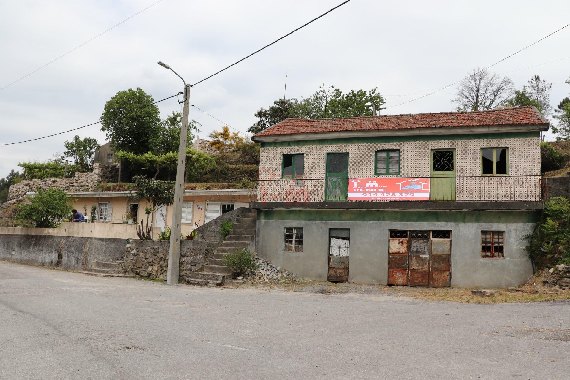 Fristående hus att återställa 3 Sovrum +3