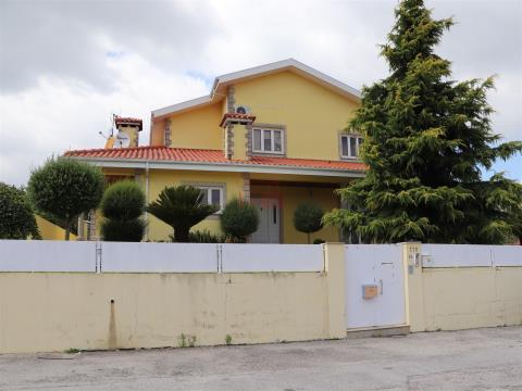 Vrijstaand huis 4 kamerwoning