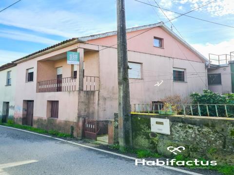 Maison dans village T2+1 DUPLEX