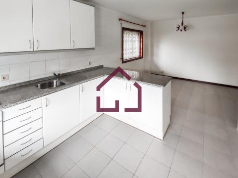 Apartamento T2 - São João de Ver