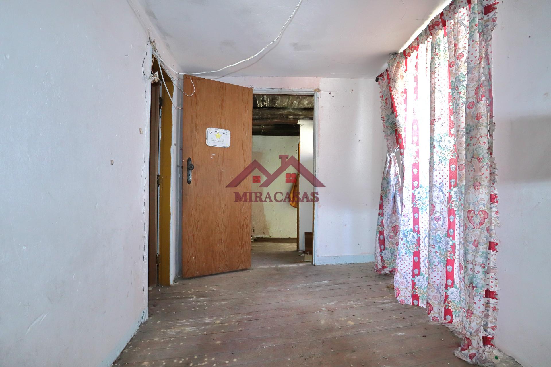 Hall Zimmer