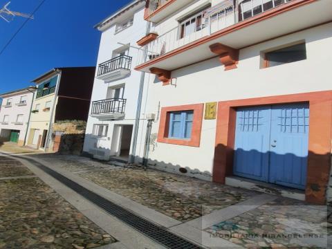 Apartamento T1+1 novo no centro histórico de Mirandela