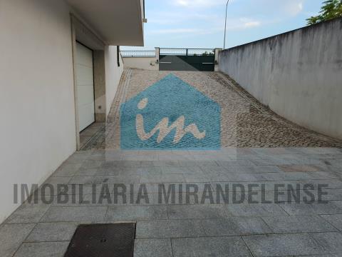 Andar Moradia T4