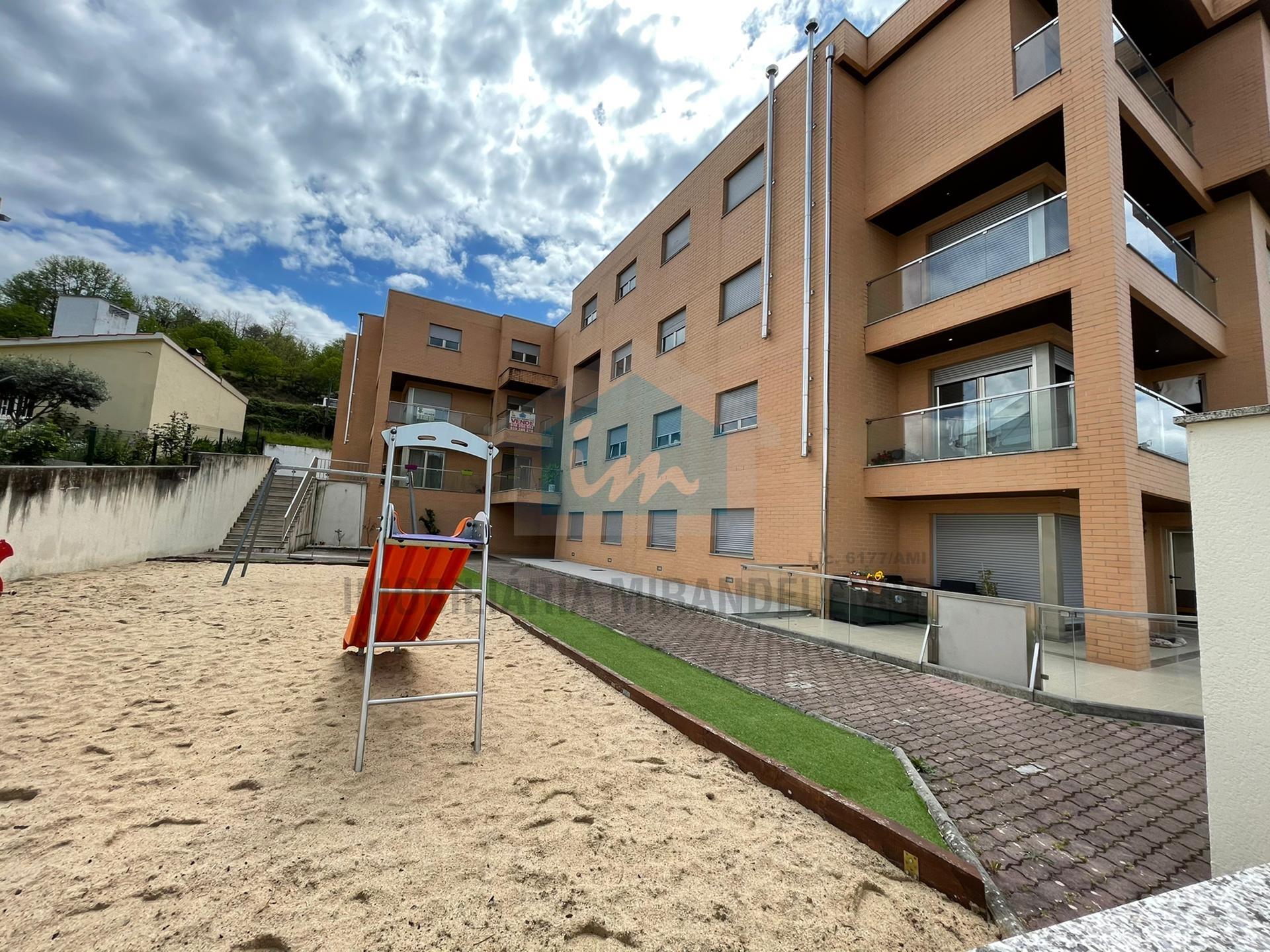 Apartamentos T3 para venda em fase de acabamentos