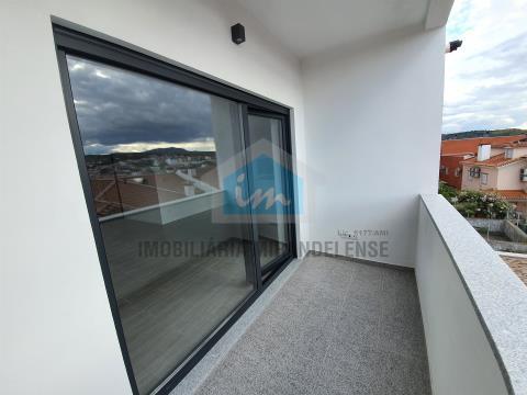 T3 duplex para venda com vistas sobre o Rio Tua!