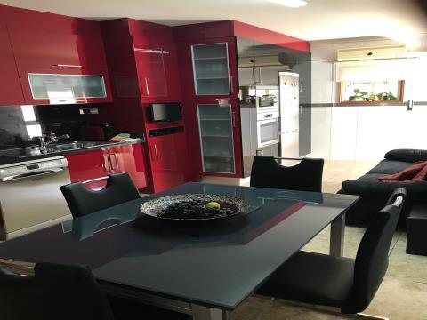 Apartamento T3 semi-novo para venda