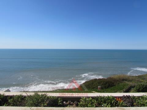 T3 c/Terraço Frente Mar