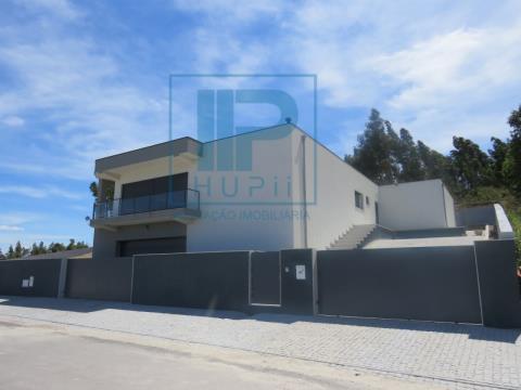 Casa Indipendente T4+1 DUPLEX