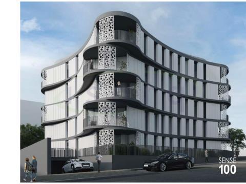 Apartamento T3 com excelente varanda próximo do metro e a 10min do centro do Porto.