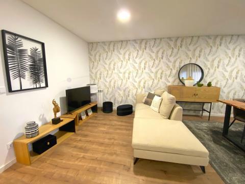 Apartamento T2 KITCHNET NOVO com varanda a 15min do Polo Universitário do S João;