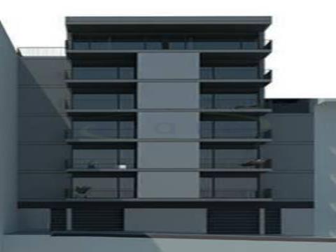 Apartamento T0+1, com excelente varanda no Centro da Maia e próximo do Metro