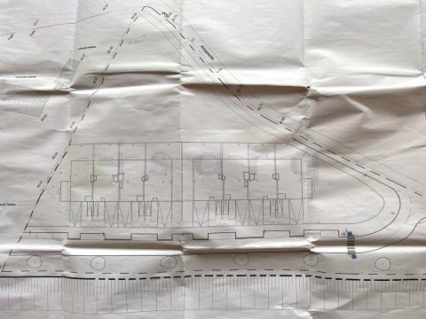 Terreno para Construção com projecto para 8 Moradias em banda a 1,2km da estação do metro