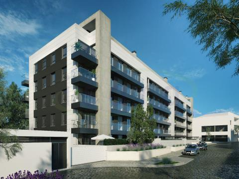 Fantastico appartamento di 2 camere da letto con ampio terrazzo, vicino alla metropolitana