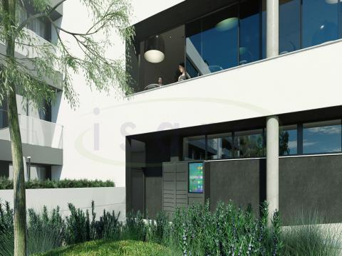 Apartamento T2 Fantástico com grande Terraço, próximo do Metro