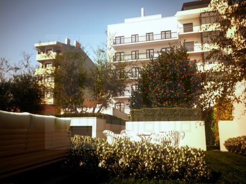 T0 Porto centro, em construção, acabamentos modernos, lugar de garagem.