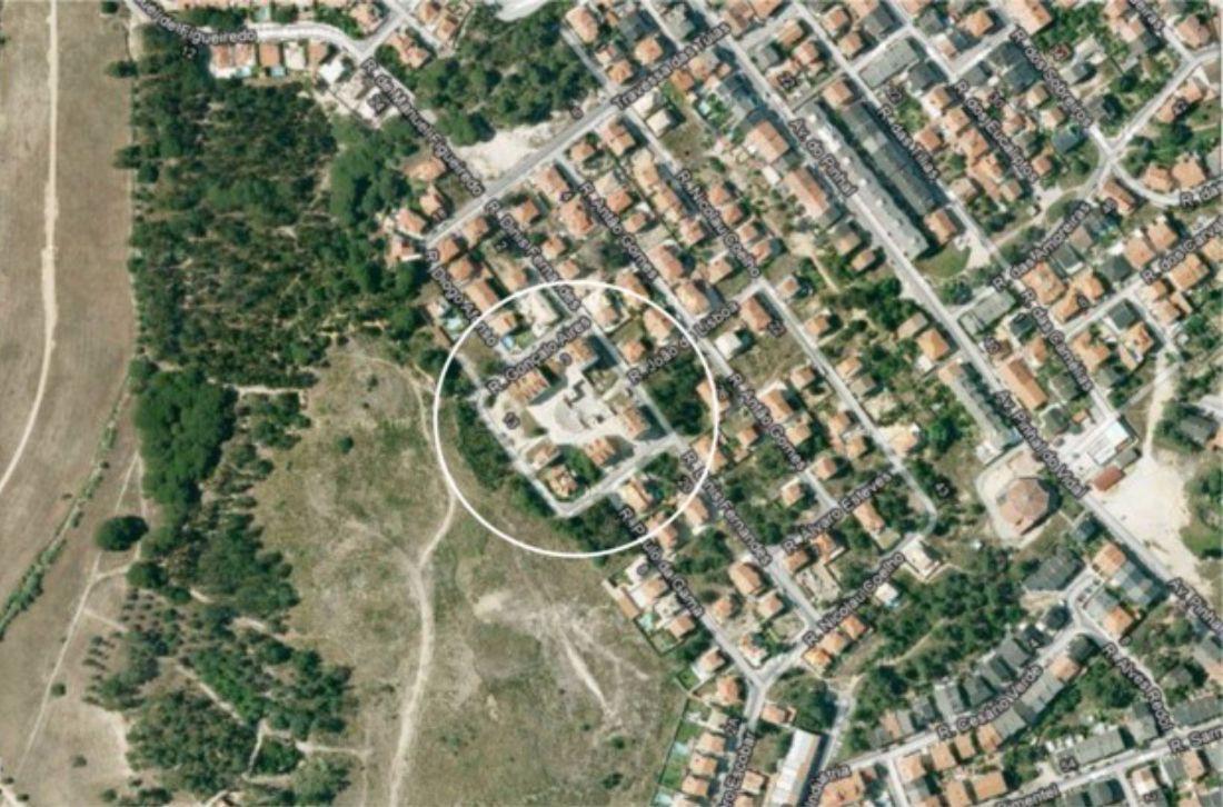 Terreno para Construção na margem sul/Almada para 19 fogos.