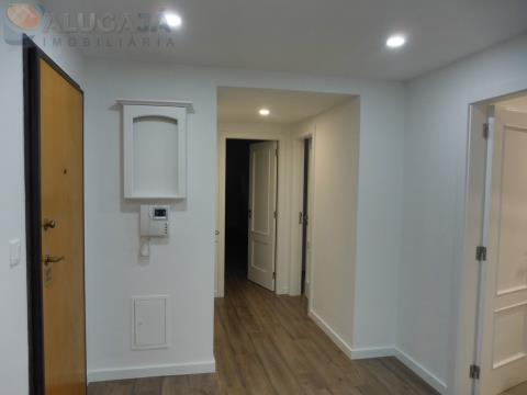 Apartamento T3 em São Marcos todo renovado com arrecadação