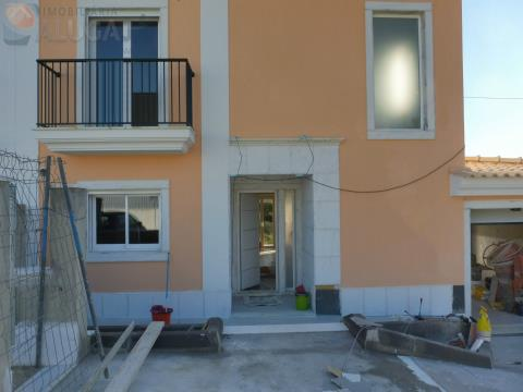 Semi-detached house T3+2