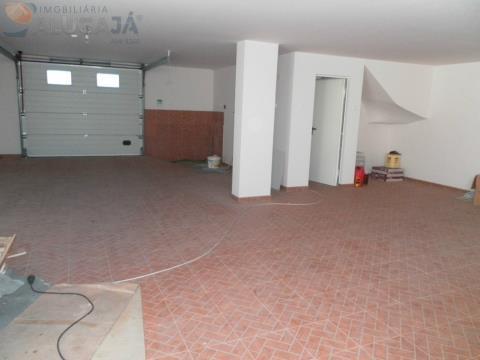 Maison jumelée 3 Chambre(s)+2