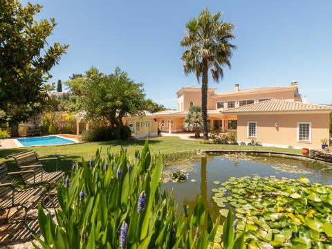 STATE OF THE ART EXQUISITE LUXURY VILLA WITH LARGE POOL SITUATED ON A CUL DE SAC IN A SMALL ESTATE IN THE ALVOR AREA.