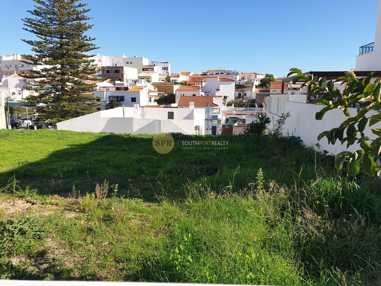 Lote de Terreno Urbano bem localizado Alcantarilha 10mn das praias