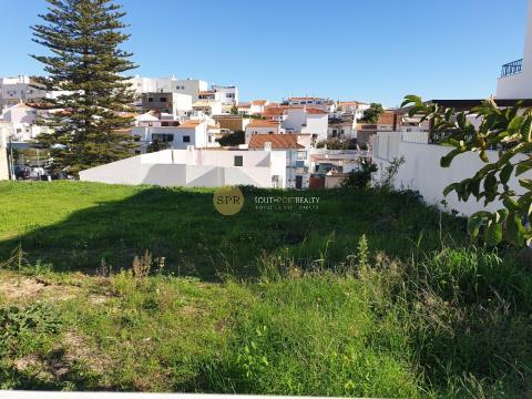 Parcelle de terrain urbain bien situé Alcantarilha à 10mn des plages