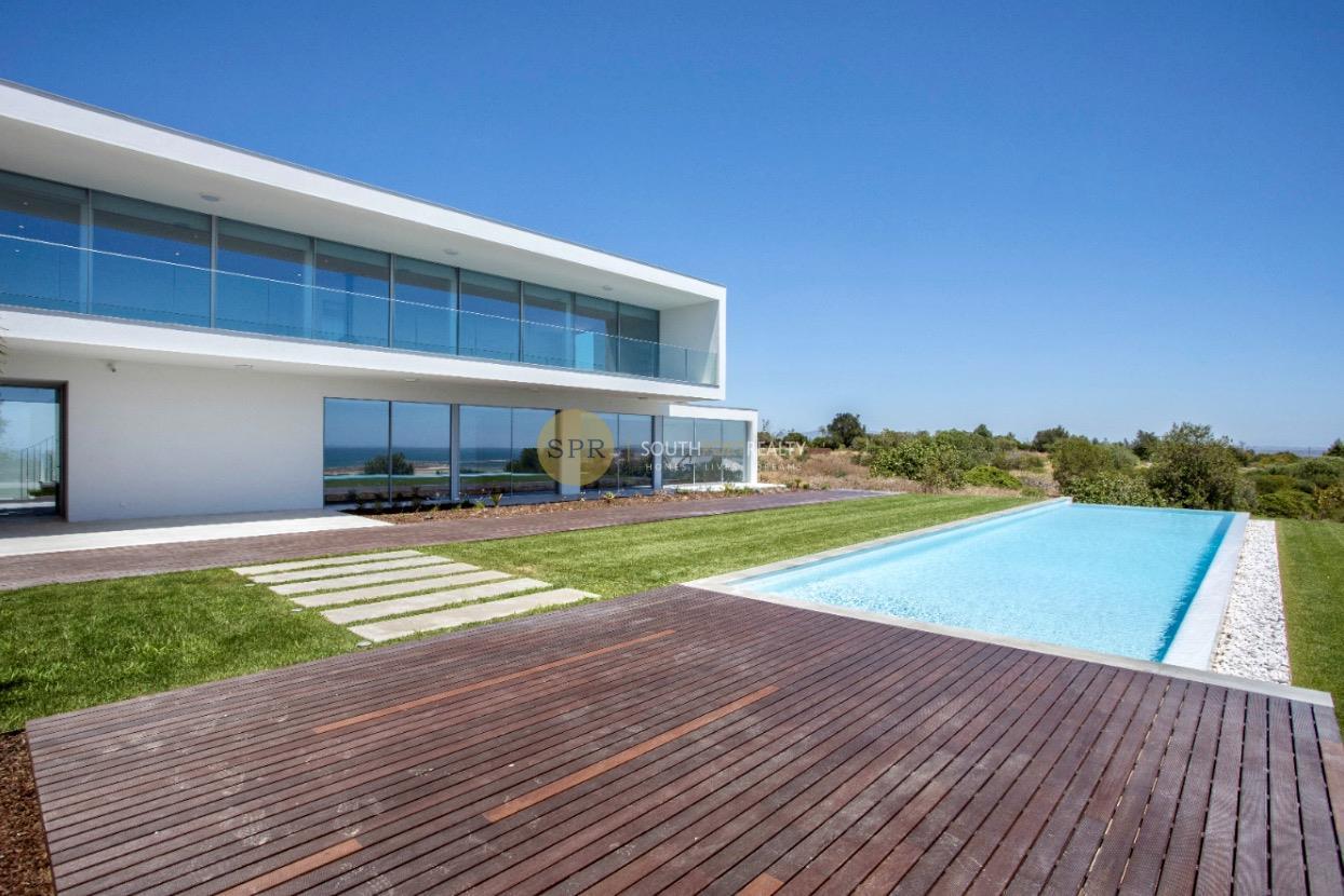 Fabulous contemporary villa in Lagos