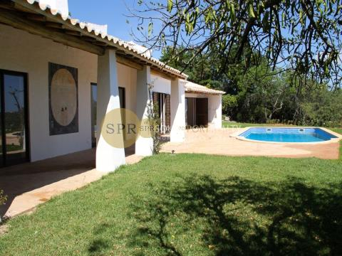 ALGARVE - ALVOR - 3+1 BEDROOM VIILLA FOR SALE IN SERRA E MAR
