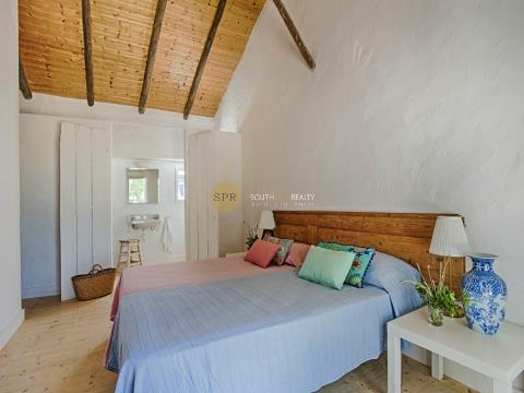 Landbesitz >=10 Schlafzimmer