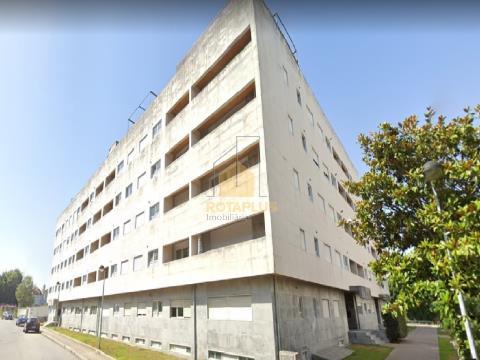 Apartamento T2 ao Polo Universitário