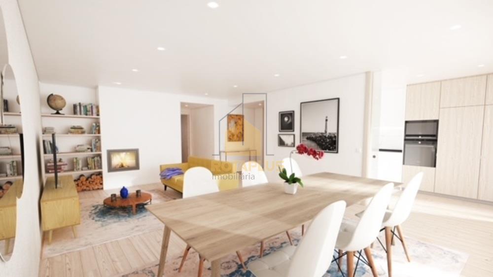 Apartamento T3 Duplex Novo