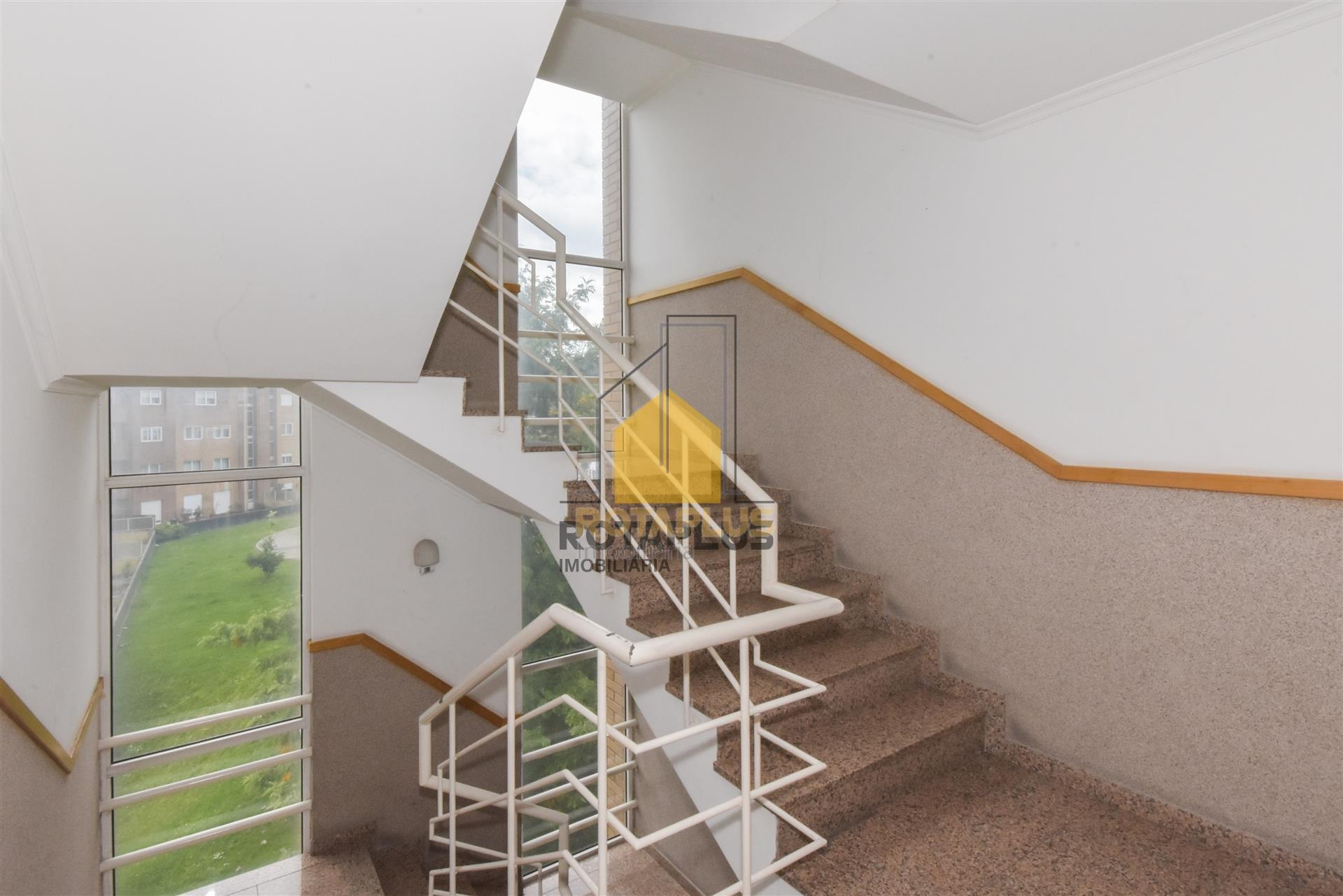 Escadas Serviço