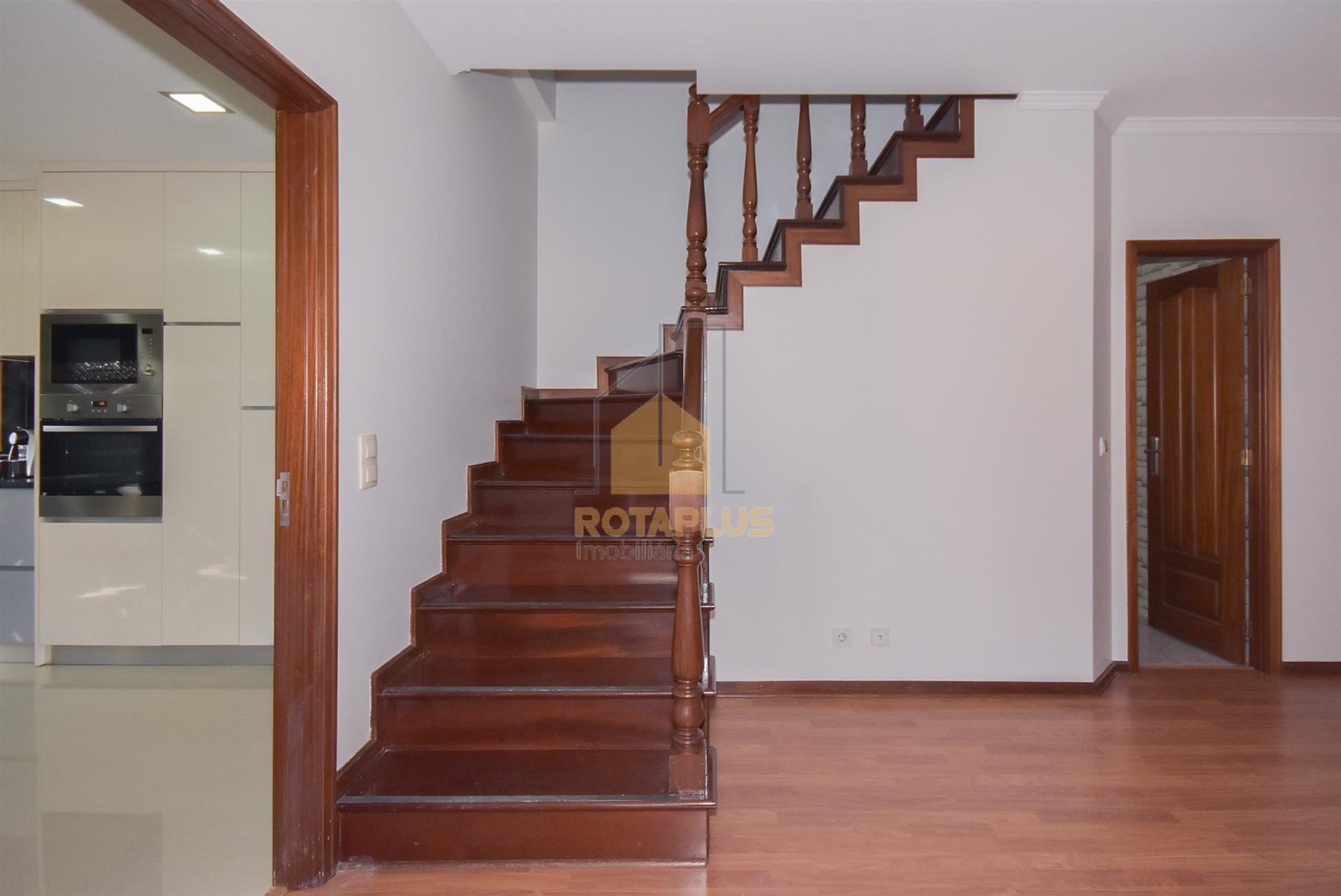 Hall Entrada