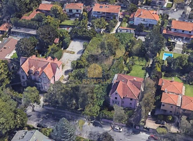 Lote de terreno urbano.com área total de 1832 m2.