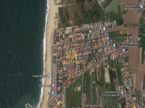 Moradia de arquitetura contemporâneana praia do Mindelo.
